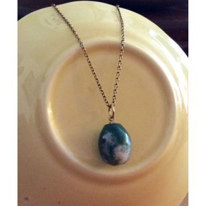 Vintage Green Agate Stone Pendant 17-1/2 in long